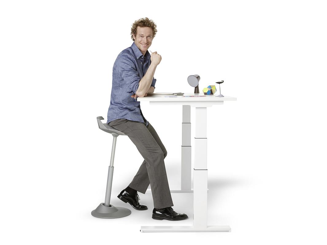 Ergo-Desk zit sta bureau - JFK Kantoormeubelen