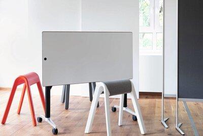 Timetable Zit sta vergadertafel met magnetisch en beschrijfbaar blad